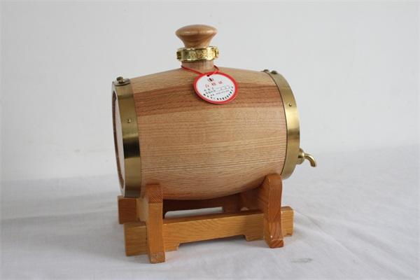 不锈钢内胆实木酒桶